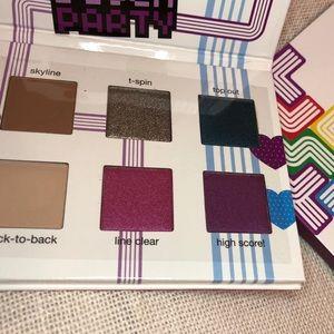Tetris Ipsy collaboration block party pallelette
